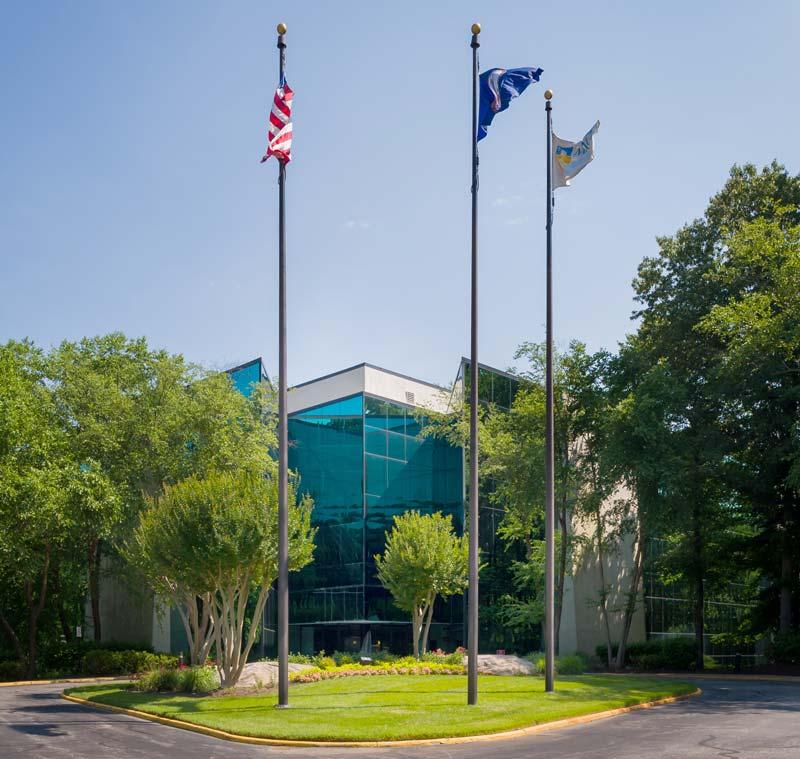 Boulders Center - Hertz Investment Group