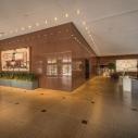 400 Poydras - lobby